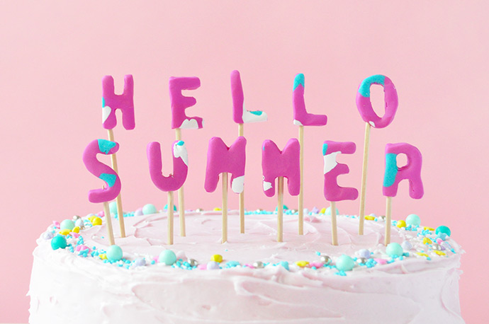 Get Ready for Summer with this DIY FIMO Cake Topper