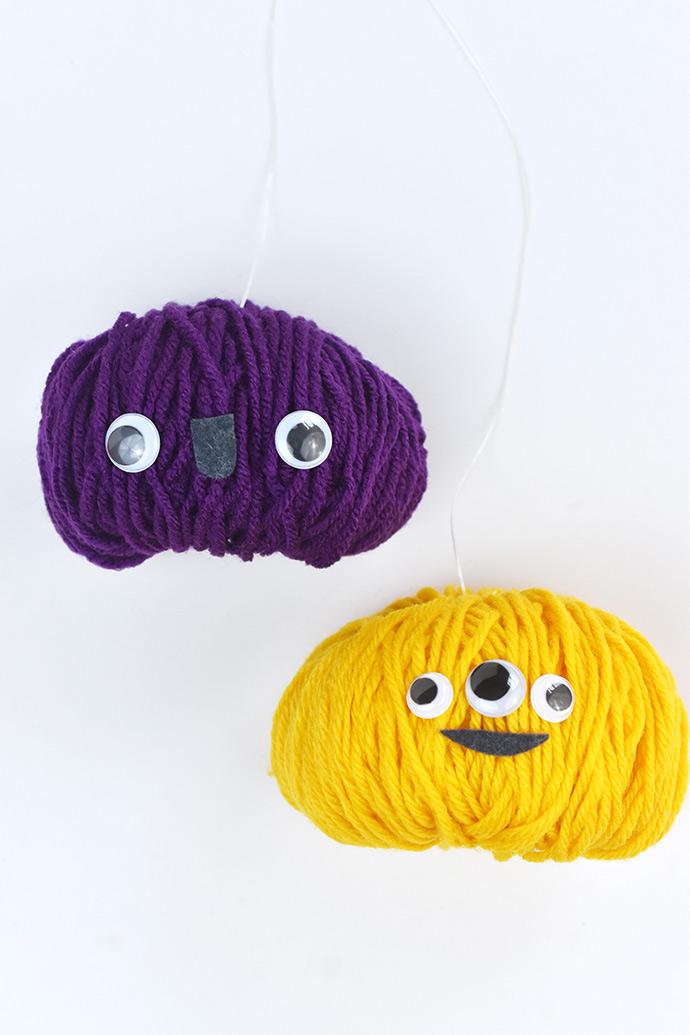 Pom Pom Monster Puppet Pals