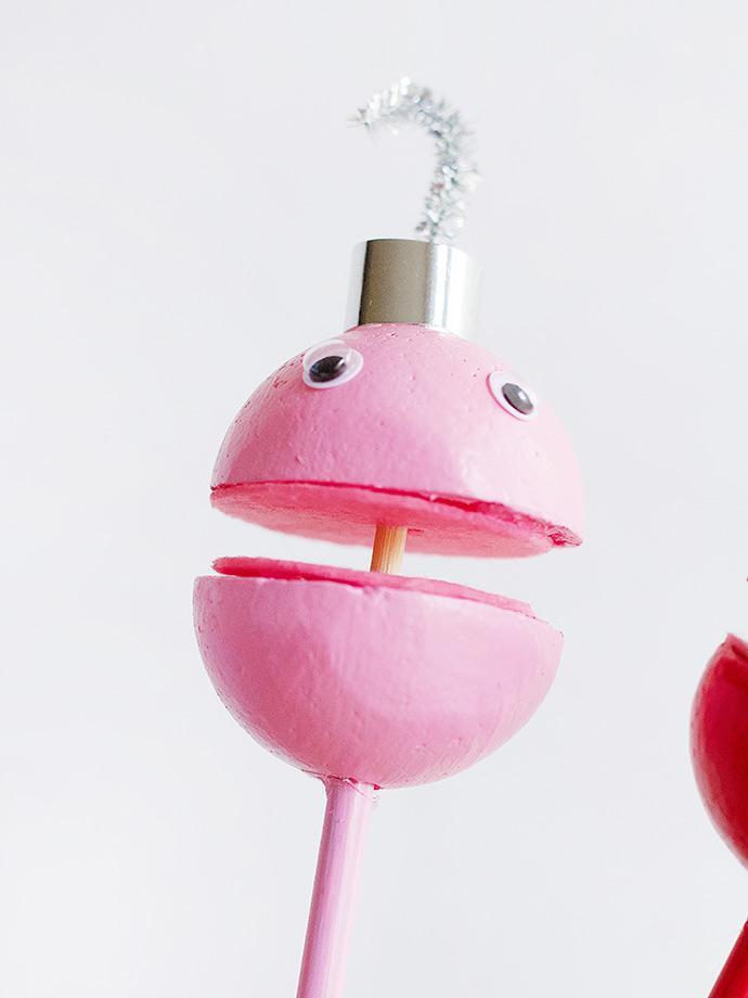 DIY Singing Ornament Puppets