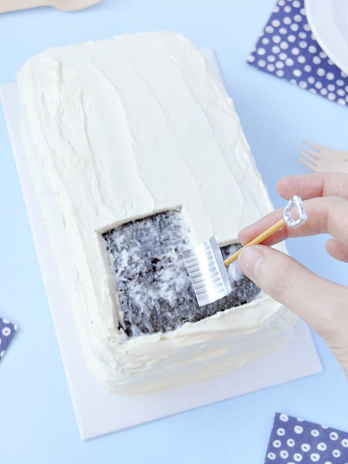 Wintery Snowfall Cake