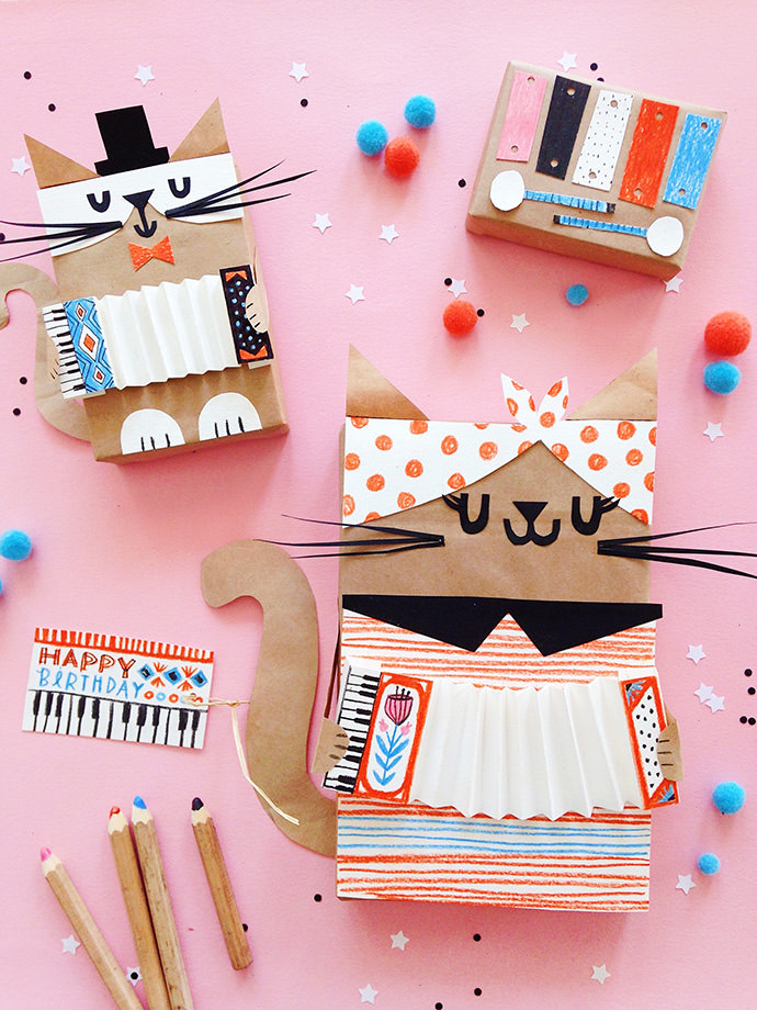 Musical Kitten Gift Wrap