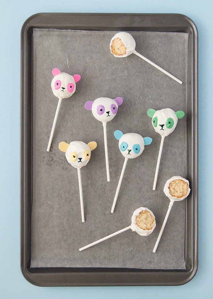 No-Bake Rainbow Panda Pops