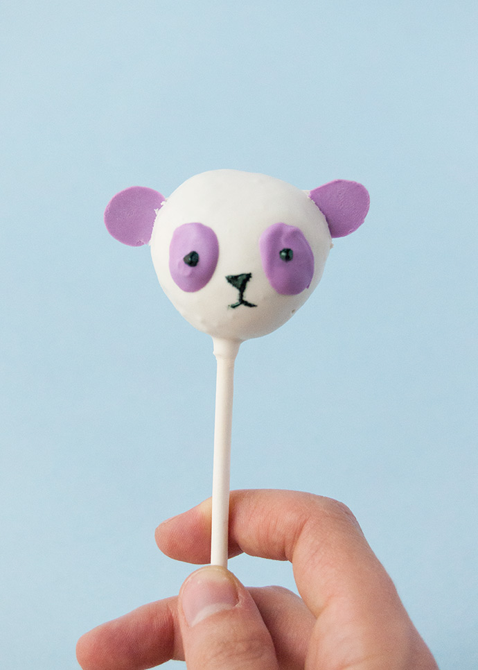 No-Bake Rainbow Panda Pops