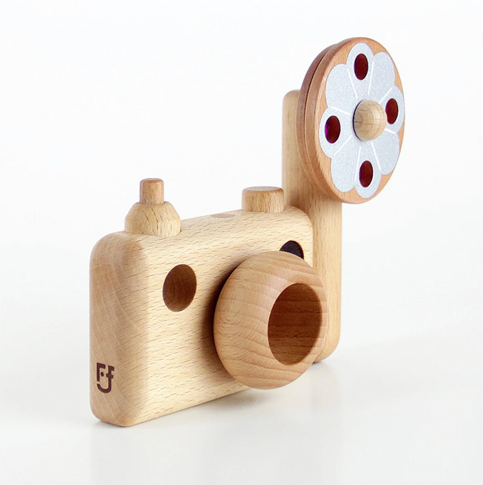Heirloom Wooden Camera Toys