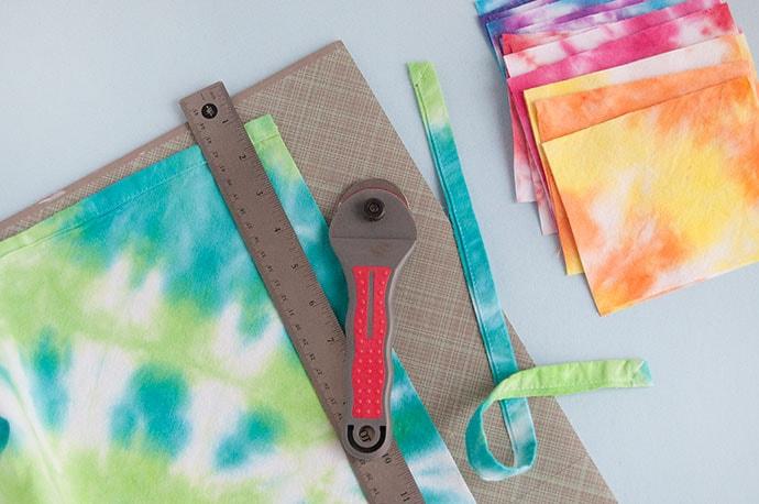 How to Tie Dye with Kids: Three Ways