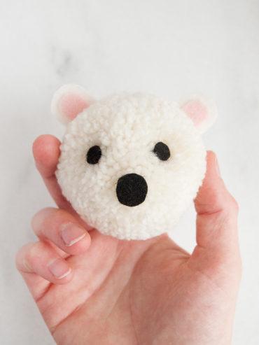 Polar Bear Pom Pom